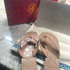 Tory Burch thong sandals size 7.5. Never worn.